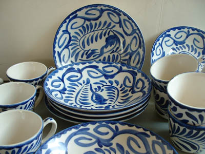 The item will ship at 13 pounds for $21.75 postage. Postage includes extra weight for packing any excess postage charged will be refunded to buyer\u0027s Paypal ... & Mexican Pottery - Anfora Blue/White Dishes